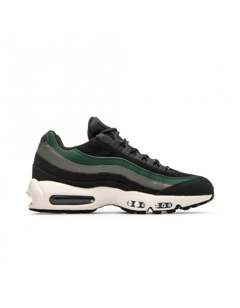 18bfd2a6ec Nike Mens Air Max 95 Essential Outdoor Green Sail Trainers