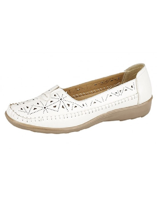 Boulevard Centre Gusset Summer Vented Full Shoes