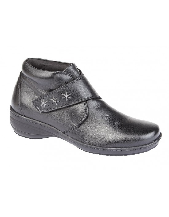 ladies-fashion-boots-leather-boots